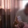 20/10/2017 -La coppia di Serbia e la loro neonata stanno per partire per casa